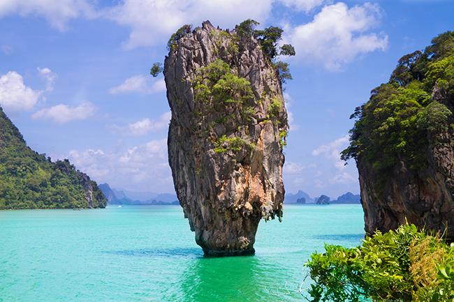 Resultado de imagem para ilha de java turismo